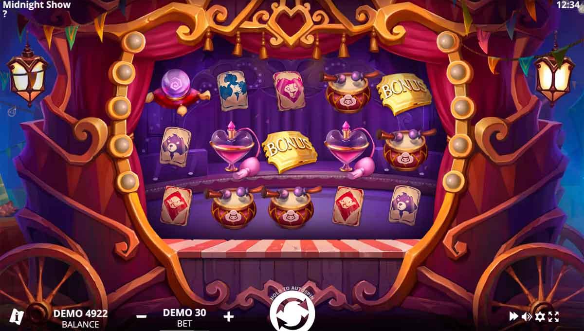 Play Free Midnight Show Slot